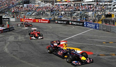 Podio final: Vettel - Alonso - Button