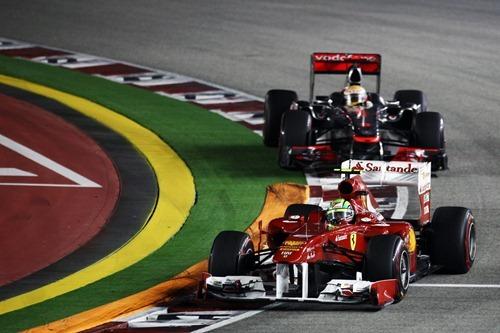 f1-2011-14-singapur-massa-hamilton