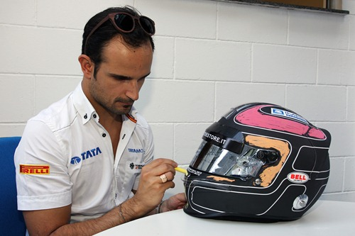 f1-2011-19-brasil-luizzi-pintando-casco
