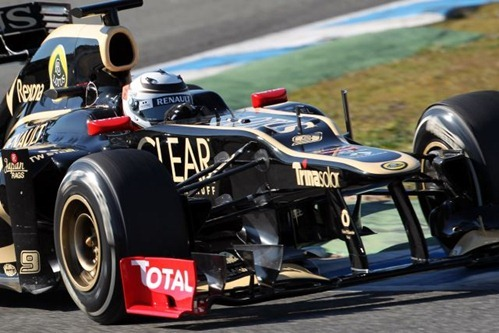 Kimi Raikkonen probando el Lotus E20 (Jerez, 7 de febrero 2012)