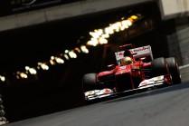 Fernando Alonso a la salida del túnel.