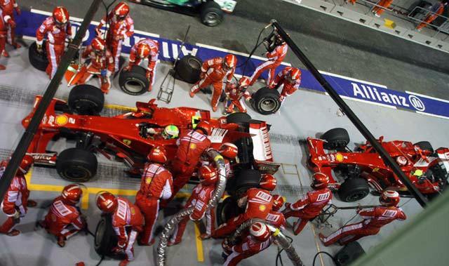 GP Singapur 2008 - Repostaje Ferraris