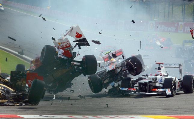 Alonso y Hamilton por los aires