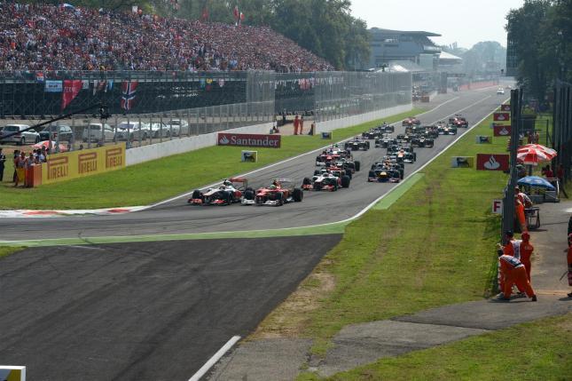 Salida del Gran Premio de Italia 2012