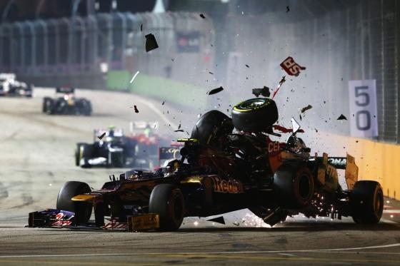Accidente entre Schumacher y Vergné