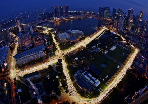 Marina Bay iluminado