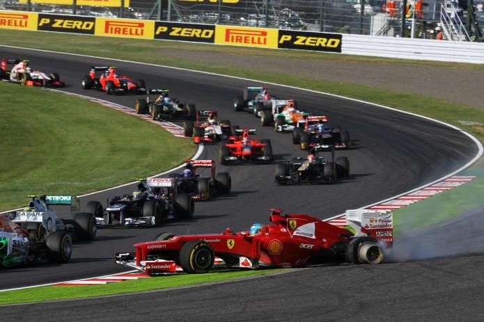 Salida de pista Alonso tras el pinchazo