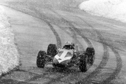 John Surtees, Lola T100 (Nurburgring, 1967)