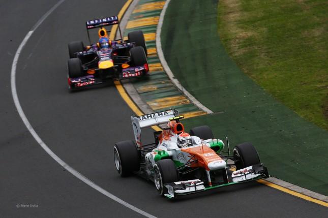 Adrian Sutil liderando la carrera