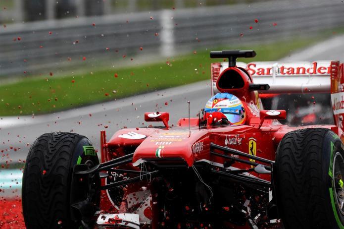 Abandono de Alonso (GP Malasia 2013)