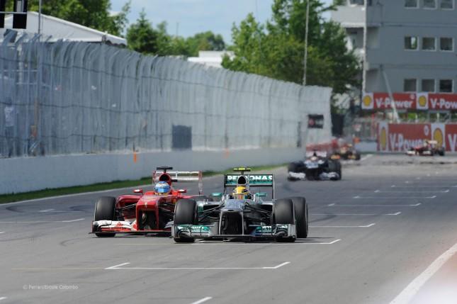 Alonso adelanta a Hamilton aprovechando el DRS (GP Canadá, 2013)