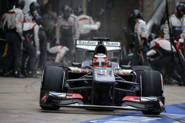Nico Hulkenberg saliendo de boxes (GP Corea, 2013)